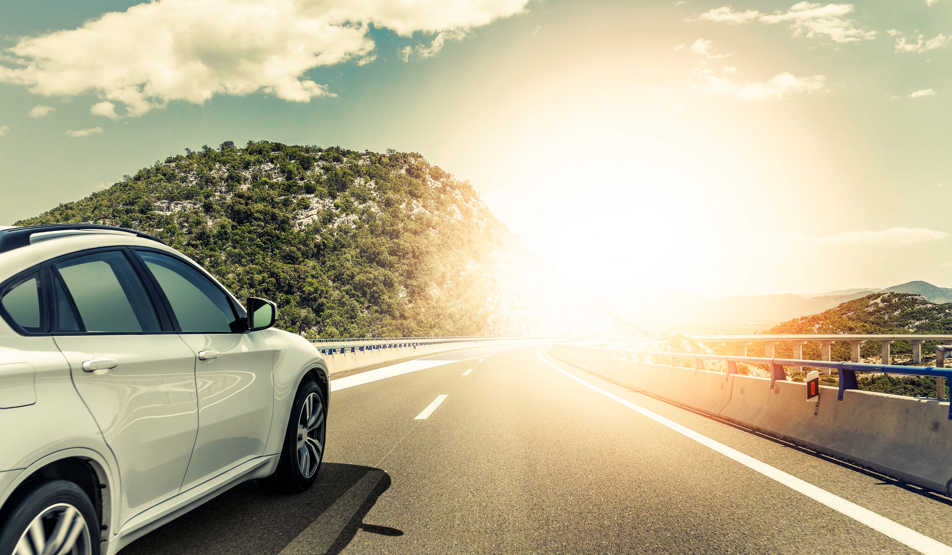 「スカイライン」の中古車を自社ローンで購入した方の車両価格相場と口コミ(体験談)