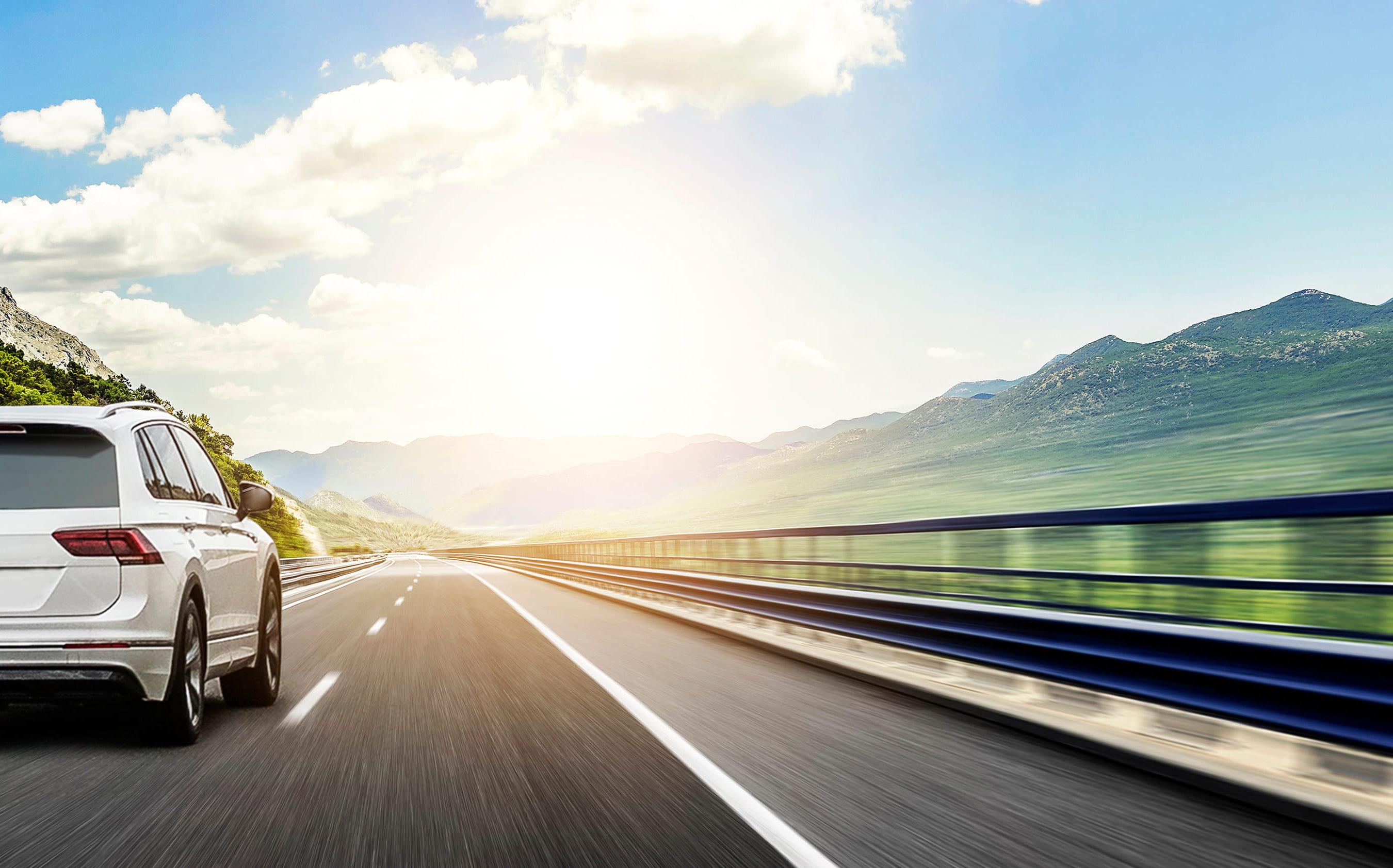 「ティアナ」の中古車を自社ローンで購入した方の車両価格相場と口コミ(体験談)