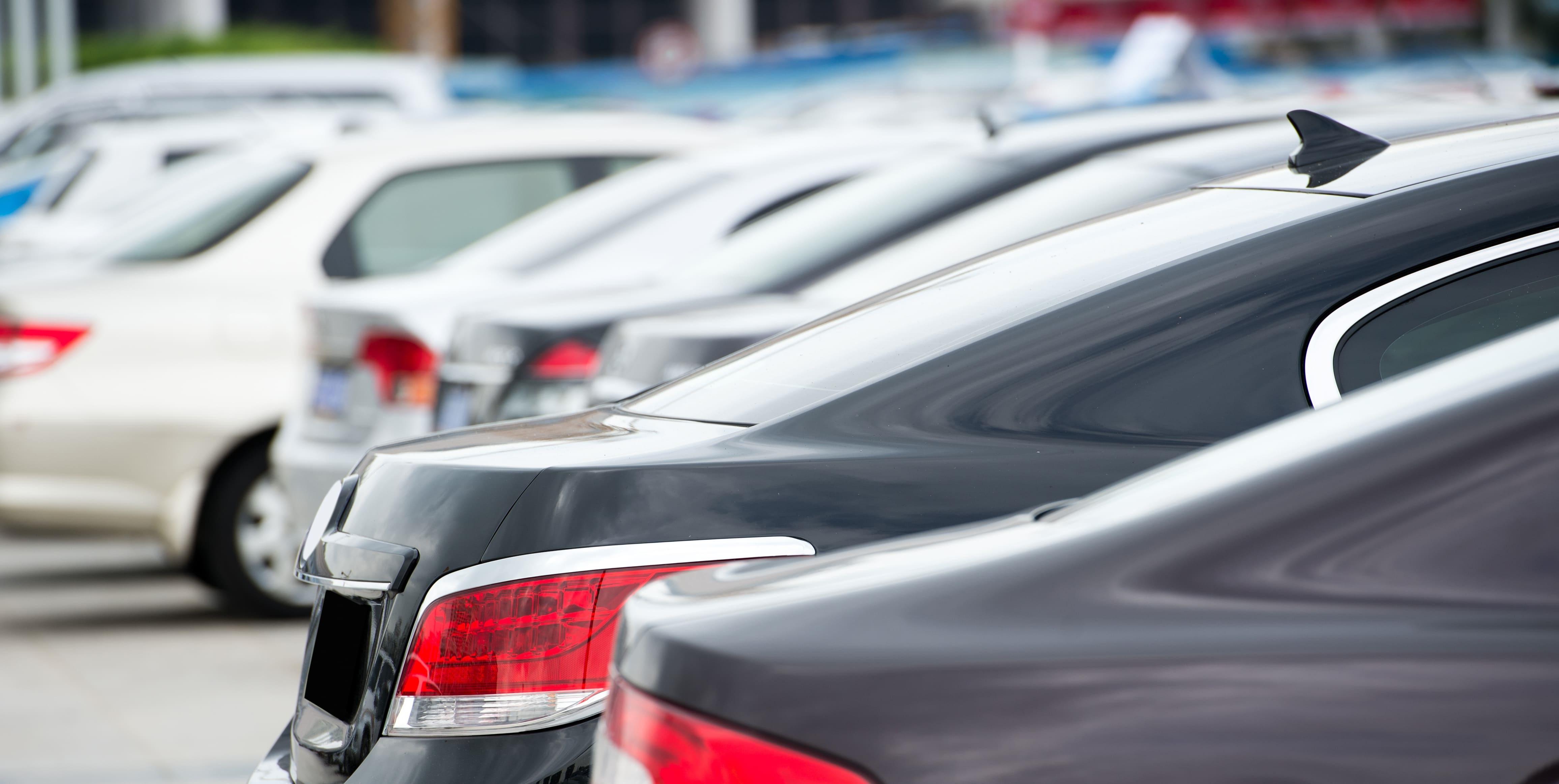 「シビック」の中古車を自社ローンで購入した方の車両価格相場と口コミ(体験談)