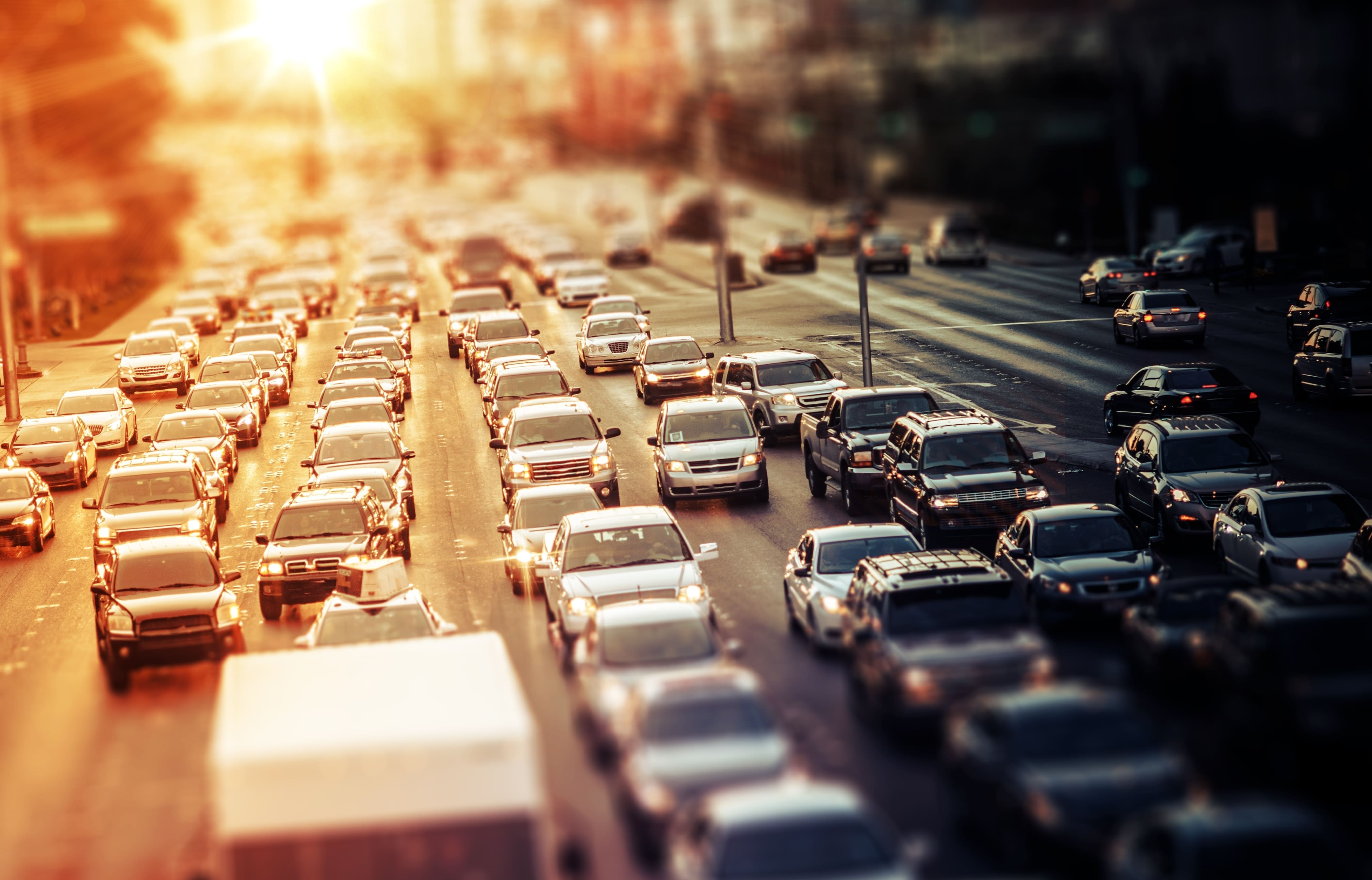 「ゼスト」の中古車を自社ローンで購入した方の車両価格相場と口コミ(体験談)