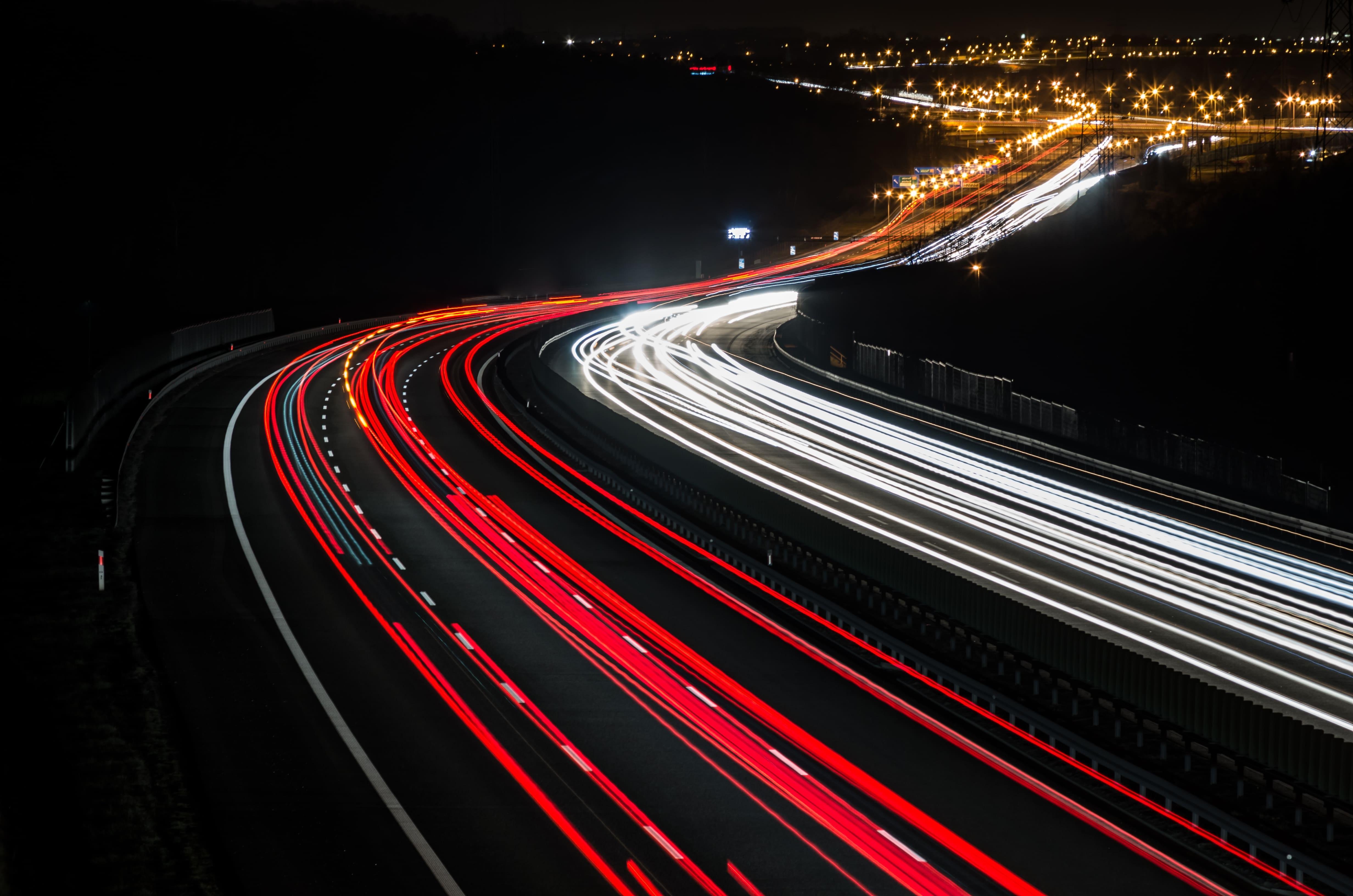 「ポルシェ」の中古車を自社ローンで購入した方の車両価格相場と口コミ(体験談)