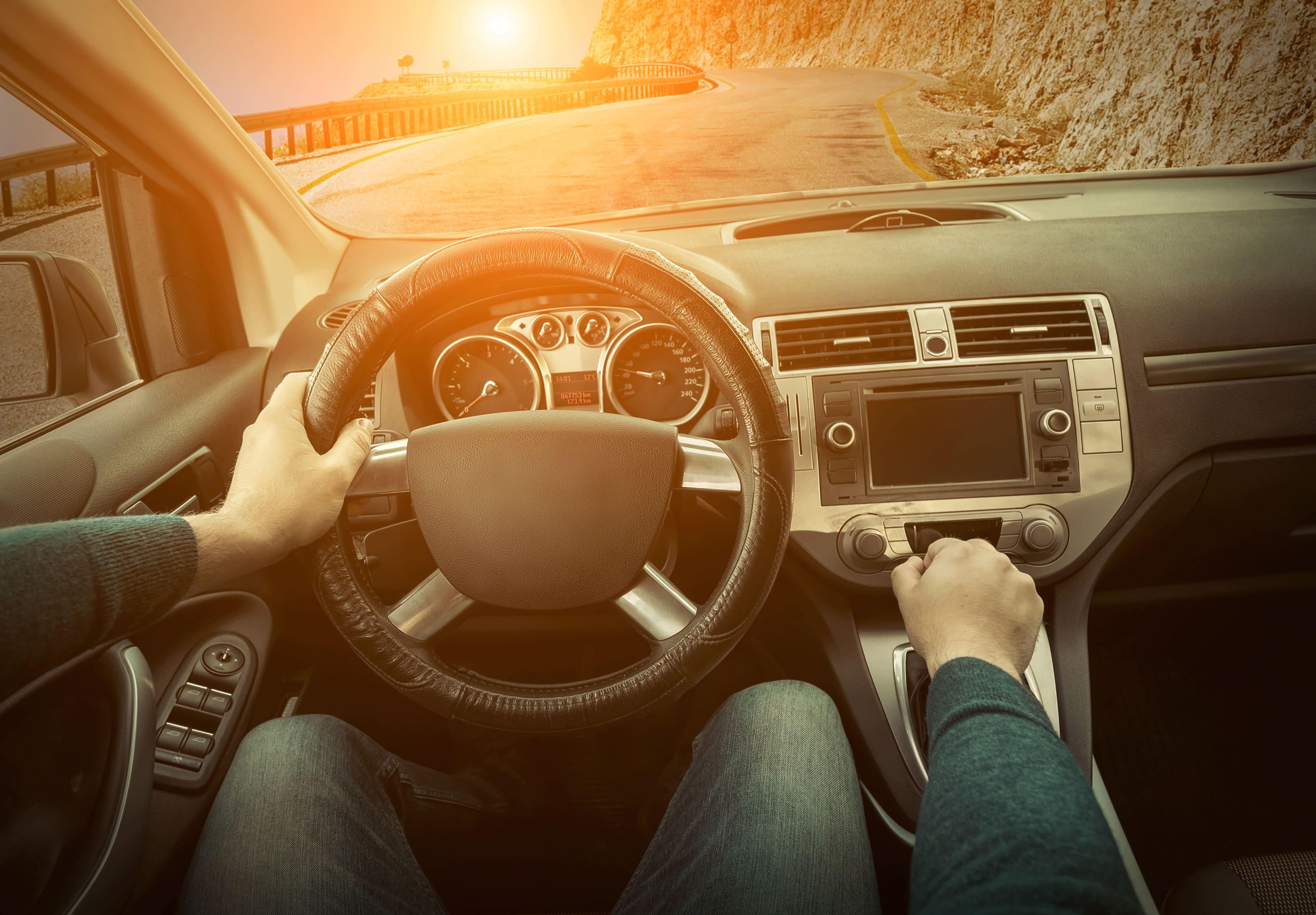 【東京都千代田区】自社ローンで中古車を購入した方に口コミ・評判を聞きました!